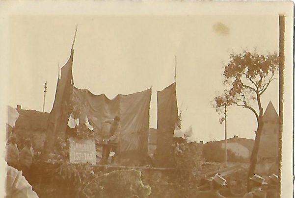 Front 1ère partie : Musique du régiment sur fond de canonnade-courriers du 2 et 5 mars 1916